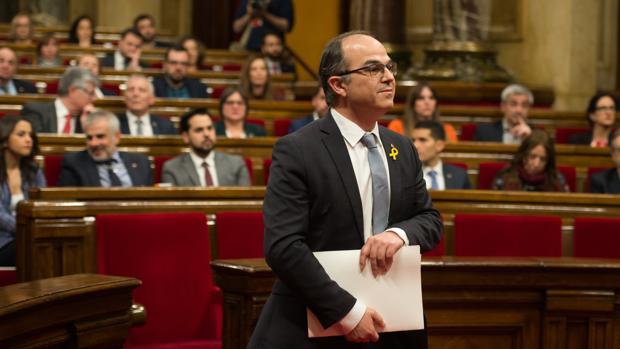 El candidato de Junts per Catalunya Jordi Turull hoy en el Parlament