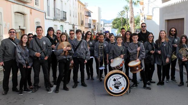 Músicos de la Colla El Falçó, Associació de Dolçainers i Tabaleters de Teulada