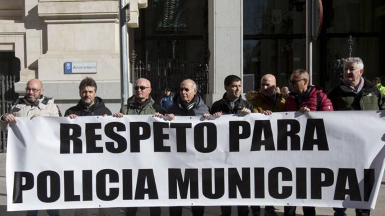 Los policías cargan contra Barbero: «Es indigno, incapaz, mentiroso, antipolicía y poco demócrata»