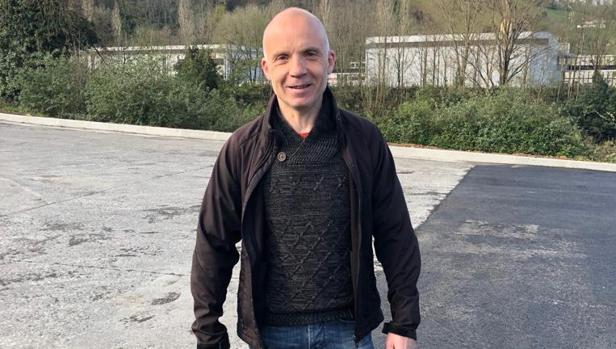 El etarra Jon Salaberria, a su salida de prisión