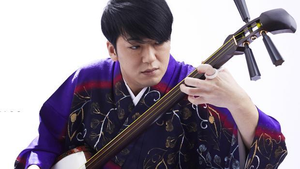 El intérprete de laúd japonés shamisen Kenichi Yoshida ofrecerá un concierto en el Salón del Manga de Alicante