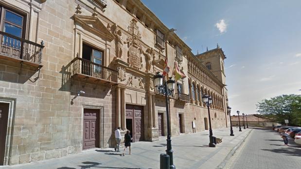 Exterior de la Audiencia Provincia de Soria