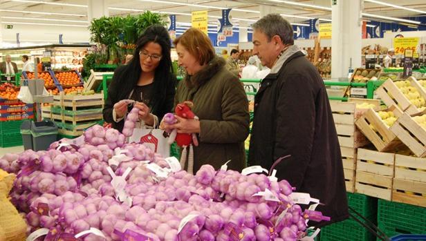 Solo el 25 por ciento de las ventas del ajo morado de Las Pedroñeras son al extranjero