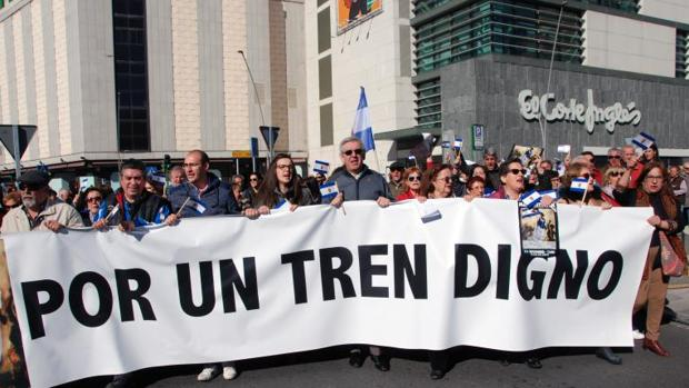 Manifestacion en Talavera de la Reina, en demanda de mejoras para la Ciudad, en noviembre de 2017