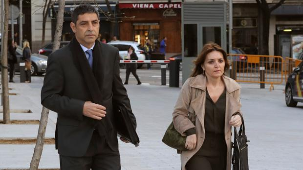 El «mayor» de los Mossos, Josep Lluís Trapero, a su llegada hoy a la Audiencia Nacional