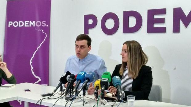 Ferran Martínez y Àngela Ballester, durante la rueda de prensa de este lunes