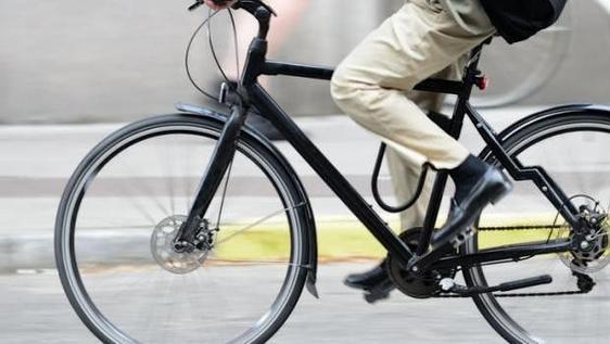 Multa de 500 euros a dos ciclistas por circular borrachos en Bilbao