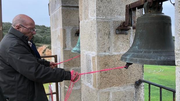 Toque de campanas en Argusino (Zamora)
