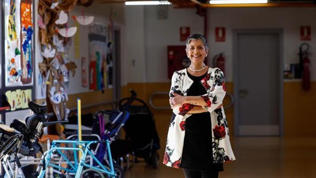María Eugenia Veiga, directora del colegio Santiago Ramón y Cajal de Getafe, en las instalaciones del centro en el que recibió a ABC