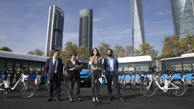 Carmena prevé dar otros 7,3 millones este año a la empresa que le vendió Bicimad