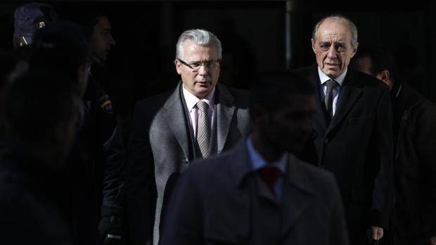 Sabanés contrata al afamado abogado de Rita Maestre y Garzón para Bicimad