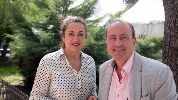 El presidente de la asociación regional Pyfano, Miguel Ángel Vicente, y la vicepresidenta, Pilar Flores