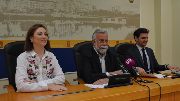 Rodríguez, Ramos y Serrano durante la rueda de prensa
