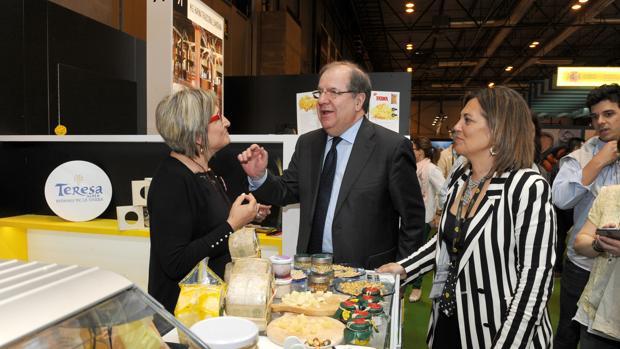 El presidente de la Junta de Castilla y León, Juan Vicente Herrera, en el Salón de Gourmets