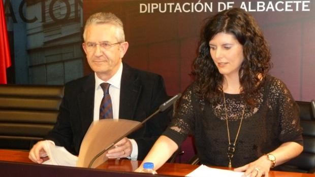 Francisco Belmonte con Josefina Navarrete, alcaldesa de Barrax, en una imagen reciente