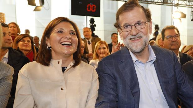 Imagen de Bonig y Rajoy tomada el pasado mes de febrero en un acto del PP en Alicante