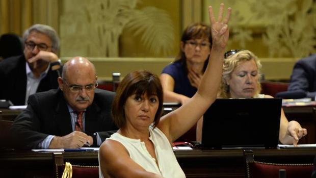Francina Armengol, en el parlamento balear