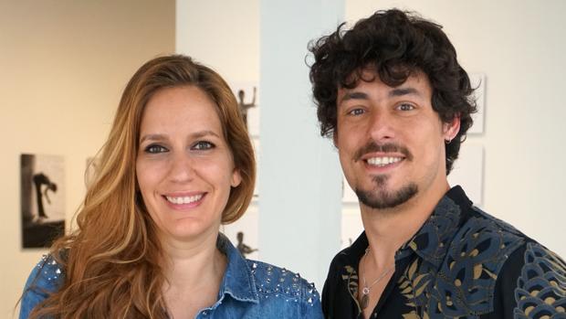 María Toledo y el bailaor Jesús Carmona posan este jueves en el Centro Cultural Español (CCE) en Miami