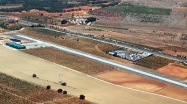 Visa panorámcia del aeródromo de Requena