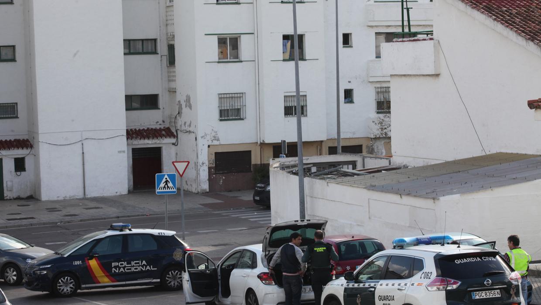 Piden 17 años de prisión para los guardias civiles que robaron 100 kilos de hachís a unos traficantes