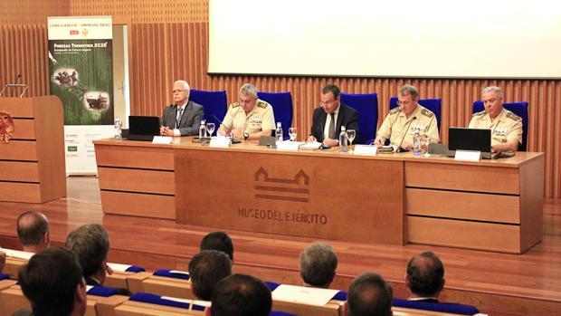 Agustín Conde participa en el I Foro Ejército-Empresas