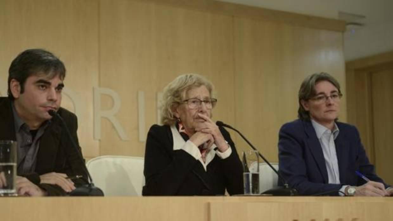 Carmena deja en manos del PSOE la aprobación de los presupuestos de 2018 a seis meses de que acabe el año