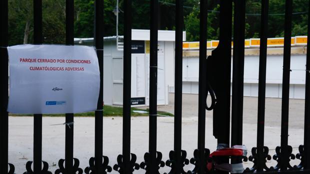 Los expositores han podido entrar al parque desde las 6.00 horas