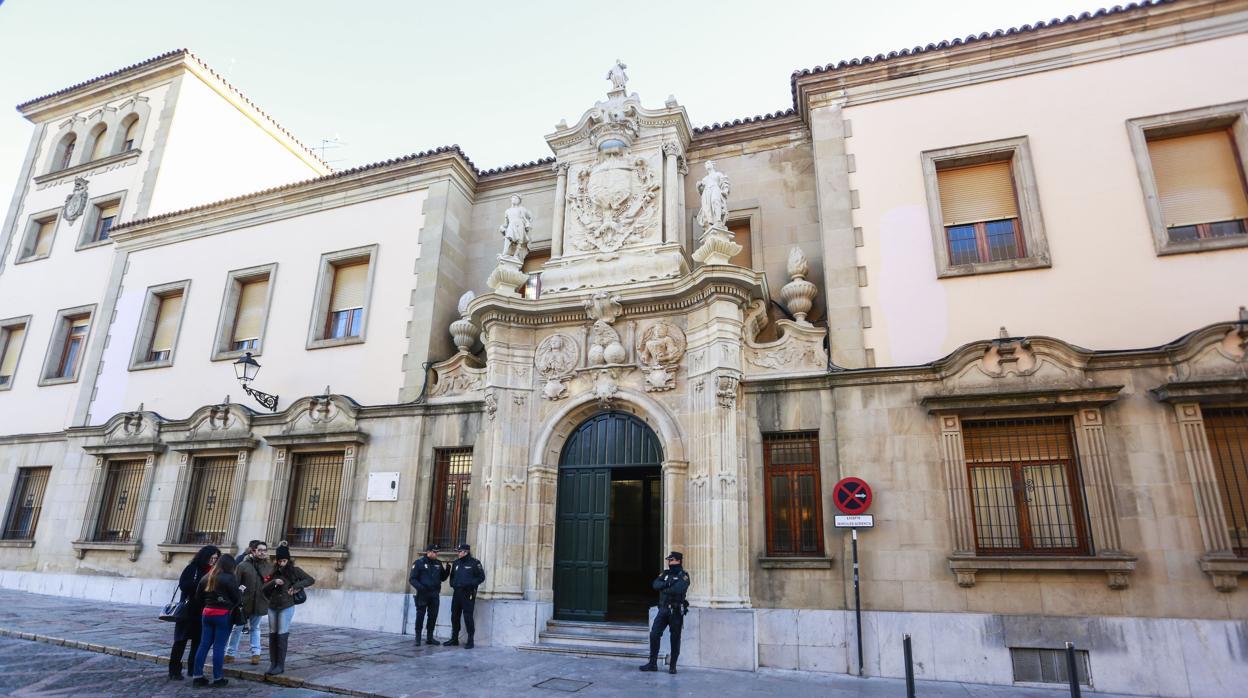 Condenado a más de 21 años de prisión por abusar sexualmente de la hija de su pareja en León
