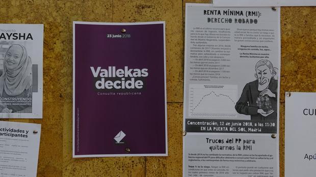 Octavilla sobre la consulta republicana en la parroquia de San Carlos Borromeo de Vallecas