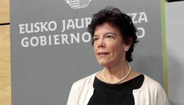 Isabel Celaá, en una foto de 2012 como consejera vasca