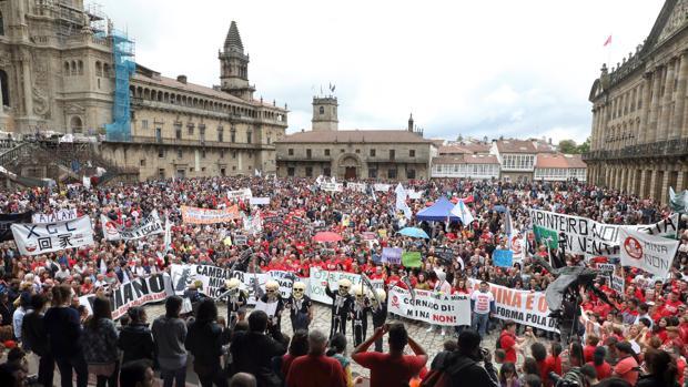 Instante de la protesta contra la mina de Touro