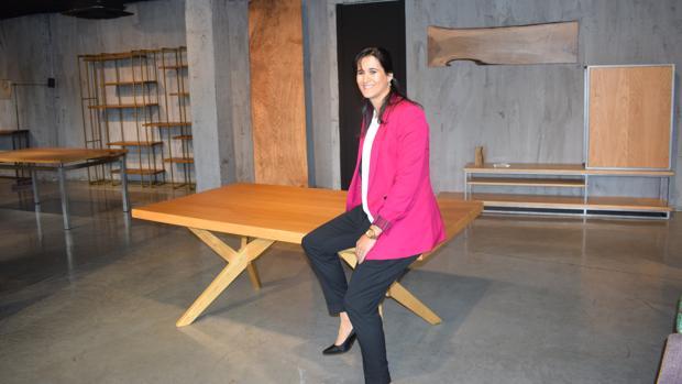 La tienda de muebles centenarios que resiste a la fiebre for Muebles low cost madrid