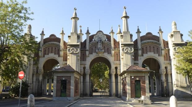 Jardines del cementerio de la Almudena