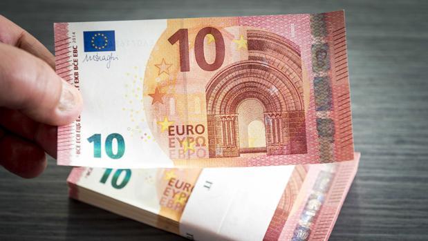 Billetes de 10 euros en una imagen de archivo