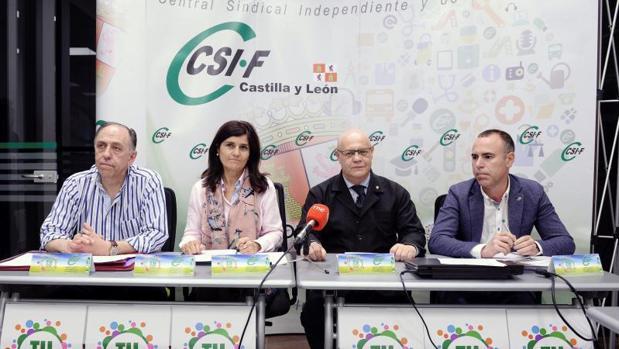 Representantes del sindicato CSI-F, este pasado martes durante su comparecencia ante los medios de comunicación