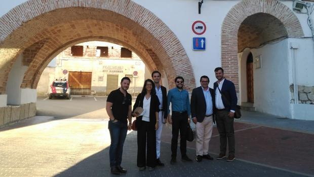 Matthew Blumenthal, Elena Jimenez, Abelardo Linares, Carlos Hermida, Ramón Lozanoy Patrick Alles