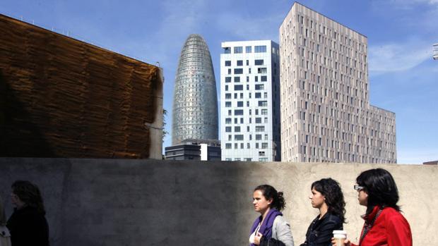 La torre AGBAR de Barcelona iba a acoger la sede de la Agencia Europea del Medicamento
