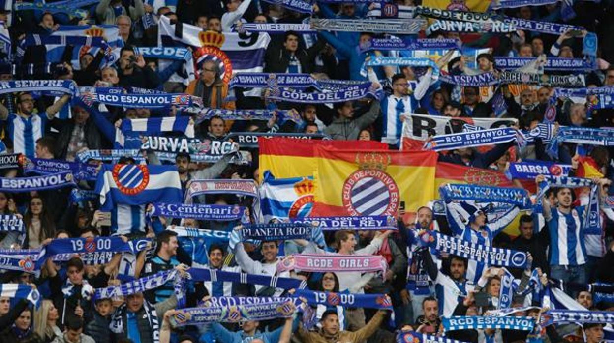 Condenan a 14 seguidores del Espanyol a no poder asisitir al campo durante tres años