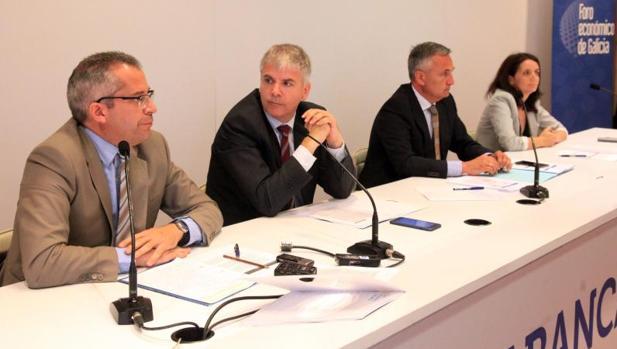 Presentación del informe de coyuntura en Santiago de Compostela