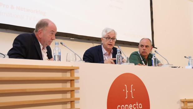 Los representantes de HBO España y Latinoamérica en Santiago