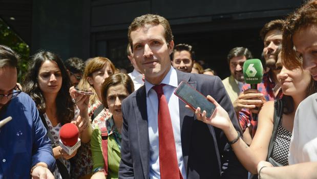 Pablo Casado momentos después de formalizar su candidatura