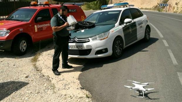 Imagen del dron empleado para localizar a los senderistas perdidos en la sierra de Orxeta