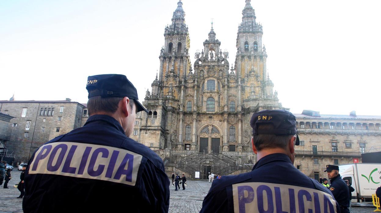 Los policías se enfrentan a peligros de los que la gente huye; eso ...