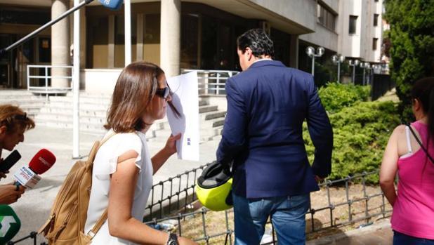 Hemeroteca: Cifuentes da plantón a la juez en su declaración sobre el máster en la URJC | Autor del artículo: Finanzas.com