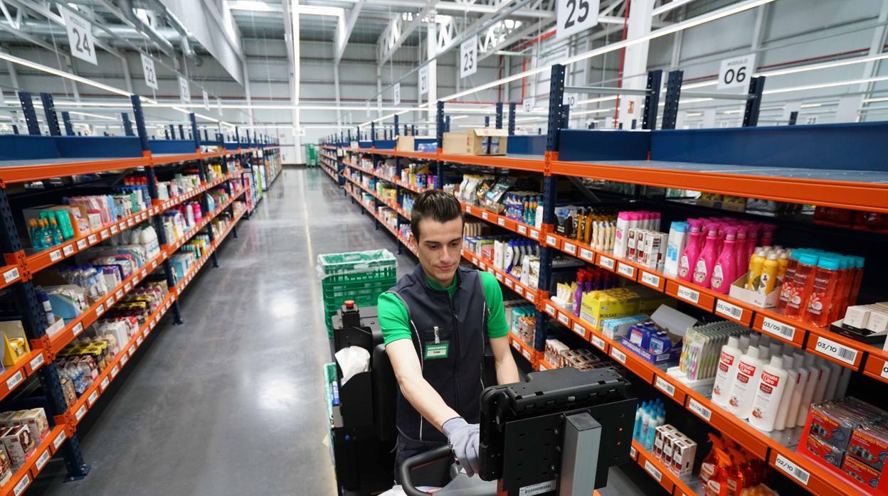La política laboral con la que Mercadona ha aumentado en 3.000 ...