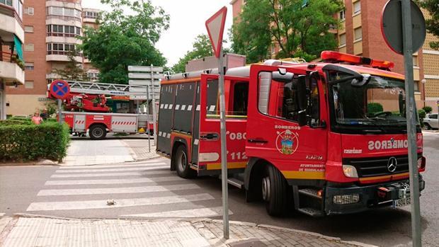 El incendio se produjo en la calle Río Júcar de Azuqueca de Henares