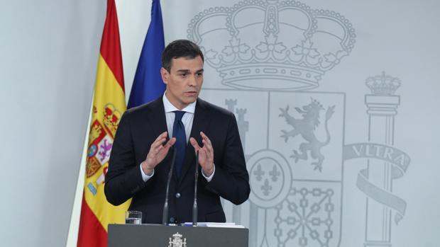 Sánchez el día que anunció nombres del nuevo Gobierno en La Moncloa, pero no respondió a los medios