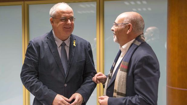 Joseba Egibar (i), junto a José Antonio Pastor