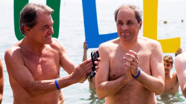 Presidente y ex presidente «se mojan» por la esclerosis múltiple