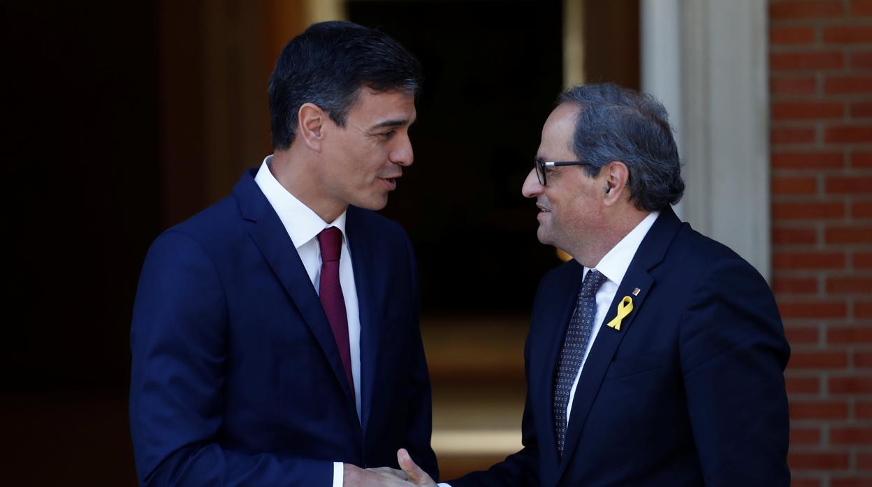 [ABC] Torra cobrará 3 veces más que Sánchez con la propuesta del Gobierno Torra-sanchez-mano-moncloa-khk--1248x698@abc